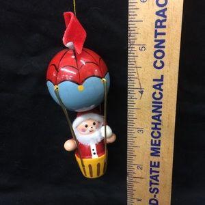 Vintage Avon Santa in Hot Air Balloon Ornament